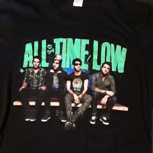 Tops - All Time Low t-shirt